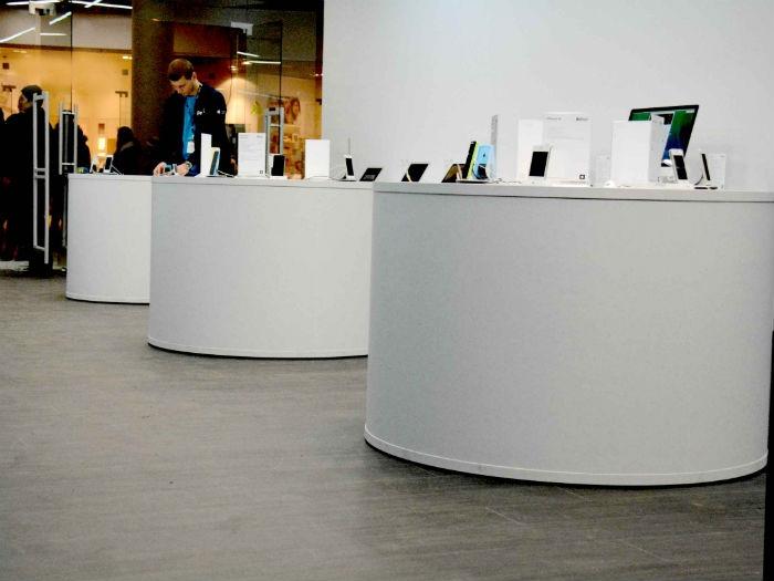 торговая мебель для магазина телефонов